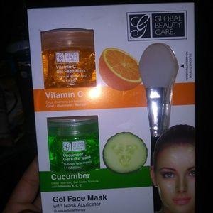 Vitamin C & Cucumber gel mask